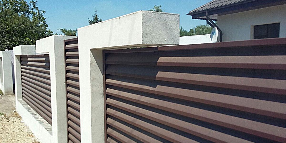 Garduri de beton cu umplutura de tabla cutata