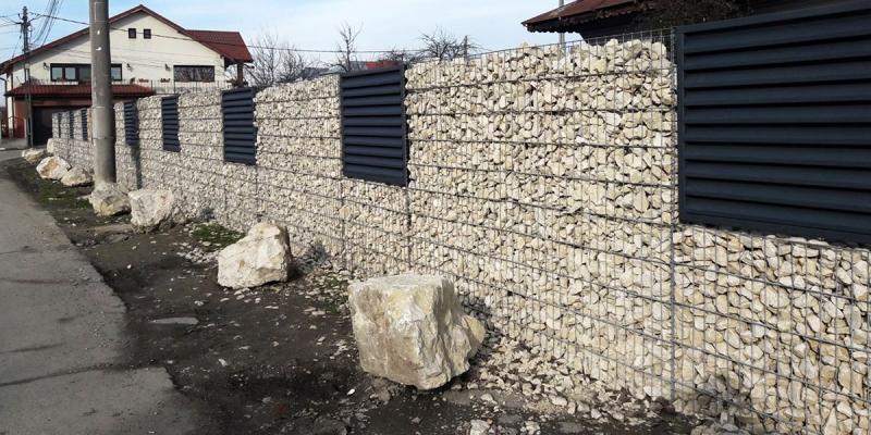 Gard din gabioane